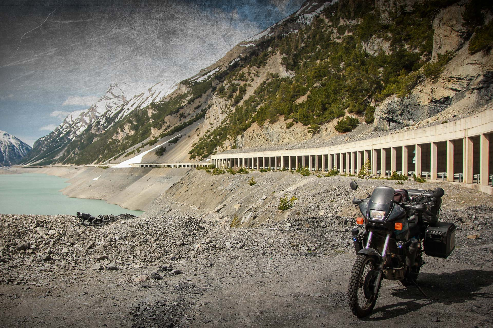 RIDE THE GREAT ALPINE PASSES